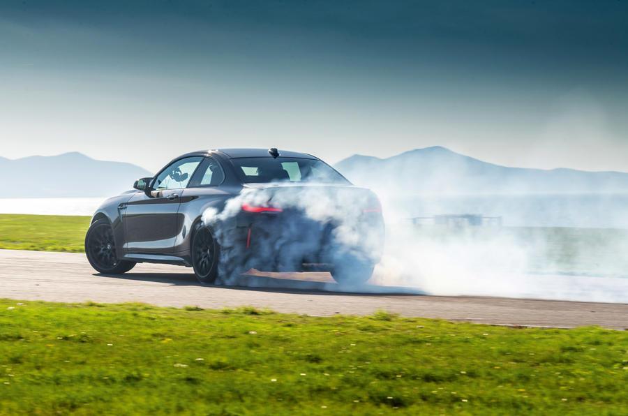 BMW M2 - tracking rear