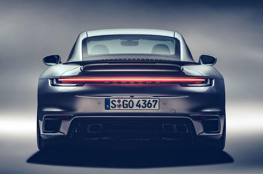 Porsche 911 Turbo S 2020 - stationary rear