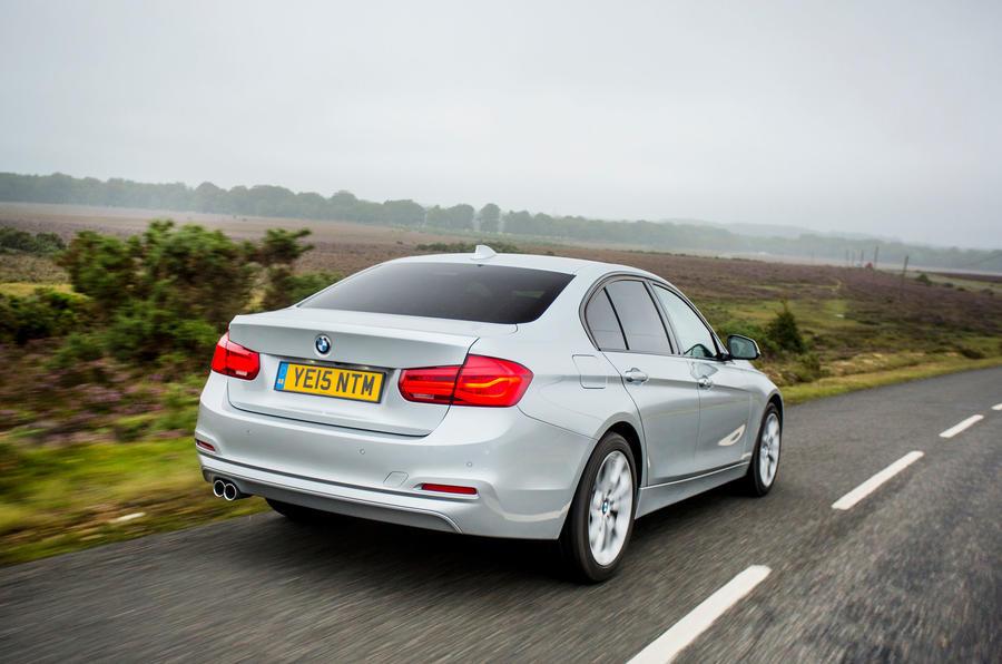BMW 318i Sport rear