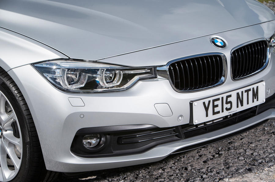 BMW 318i front grille