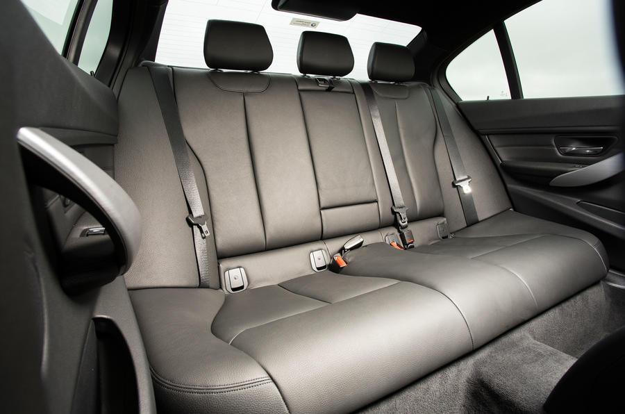 BMW 318i Sport rear seats
