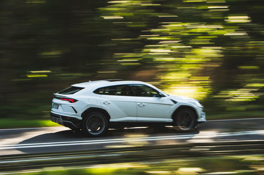 Lamborghini Urus 2018 UK first drive review on the road