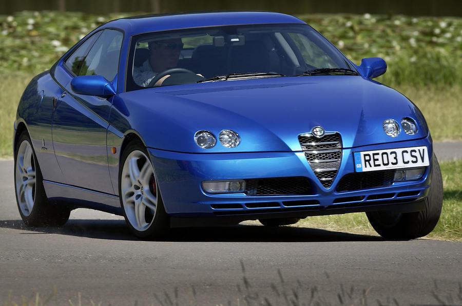 Alfa Romeo GTV - front