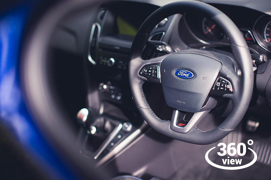 Join us inside the Ford Focus ST as we go on a fast lap of Anglesey