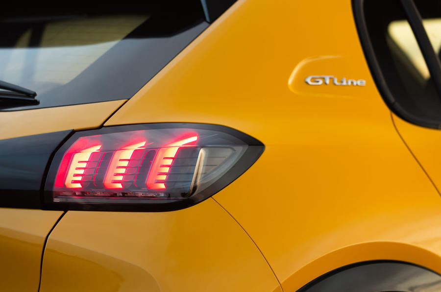 Peugeot 208 GT Line 2020 UK first drive review - rear lights