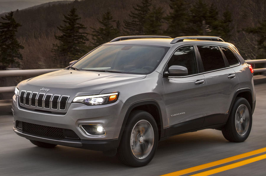 First pictures: 2019 Jeep Cherokee teased