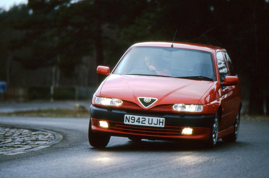 Alfa Romeo 145 Cloverleaf - hero front