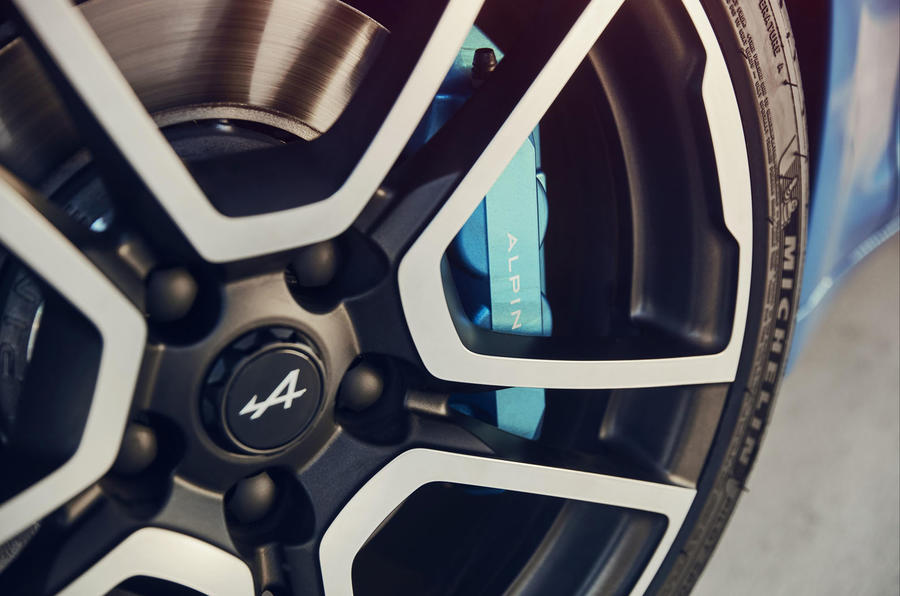 Alpine A110 2018 UK brake calipers