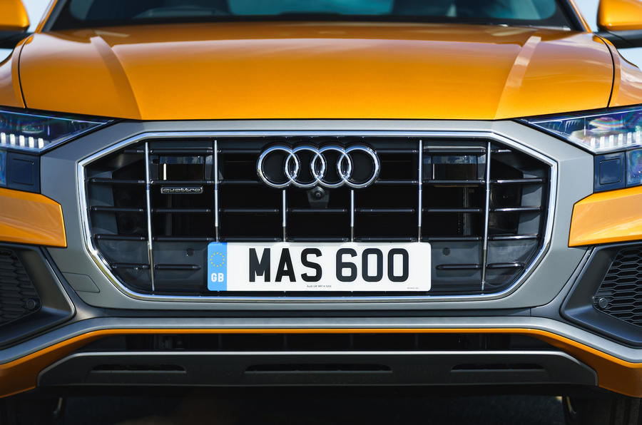 Audi Q8 50 TDI Quattro S-Line 2018 UK first drive front grille