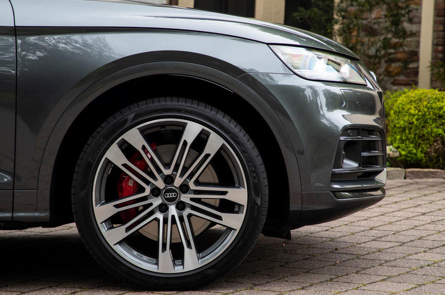 Audi SQ5 2019 first drive review - alloy wheels