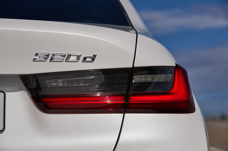 BMW 3 Series 320d Sport Line 2019 first drive review - rear lights