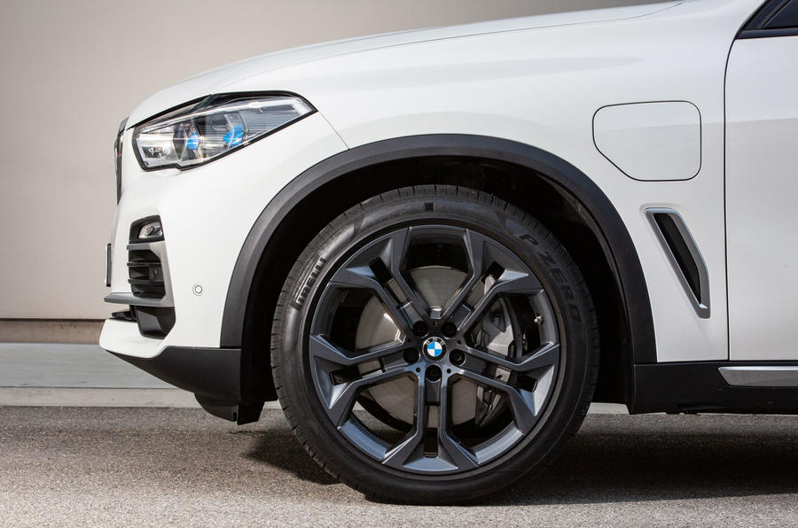 BMW X5 xDrive 45e 2019 UK first drive review - alloy wheels