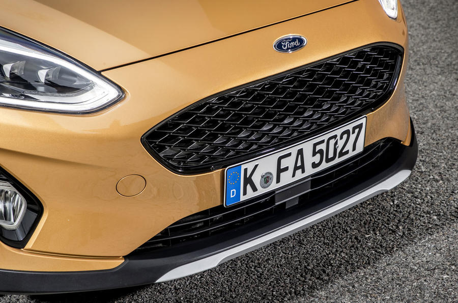 Ford Fiesta Active 2018 review front grille