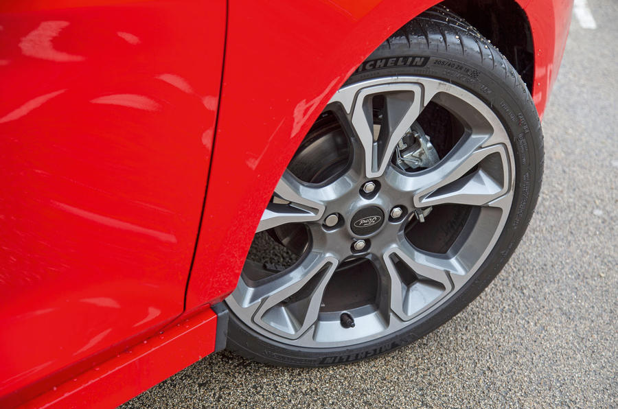 Ford Fiesta ST-Line 2018 long-term review alloy wheels