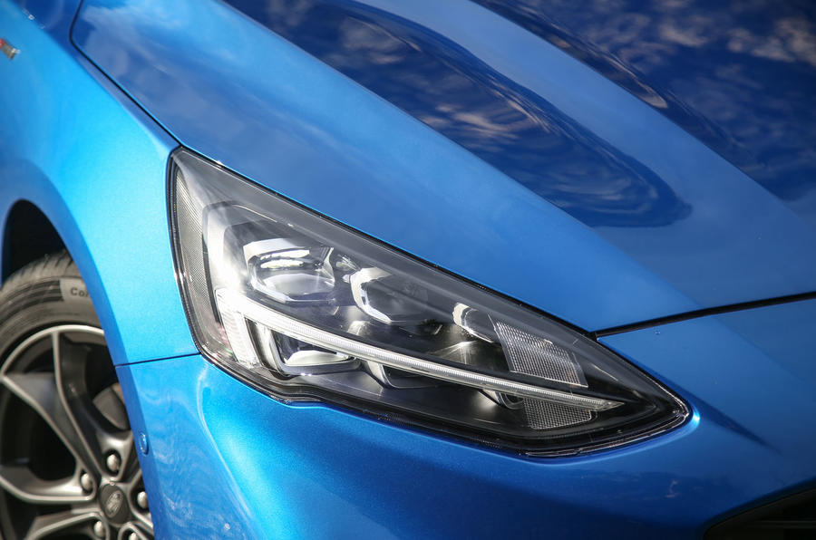 Ford Focus 2018 first drive review headlights
