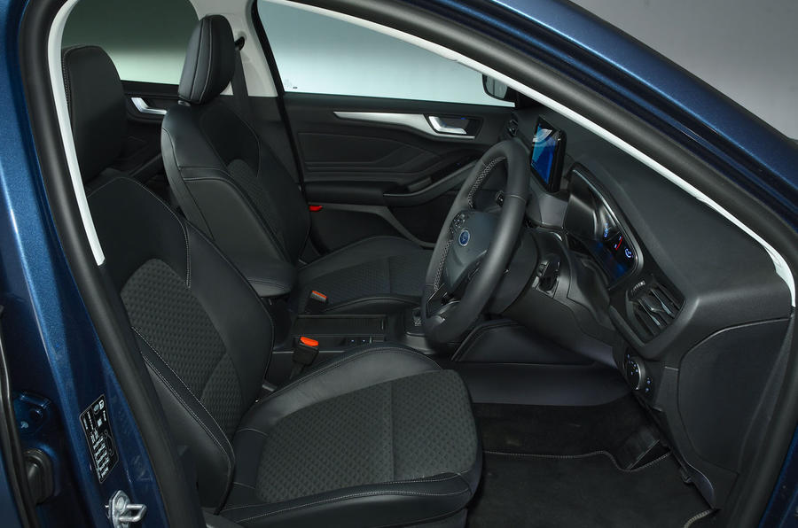 Ford Focus 1.0 Titanium X 2018 UK first drive review cabin