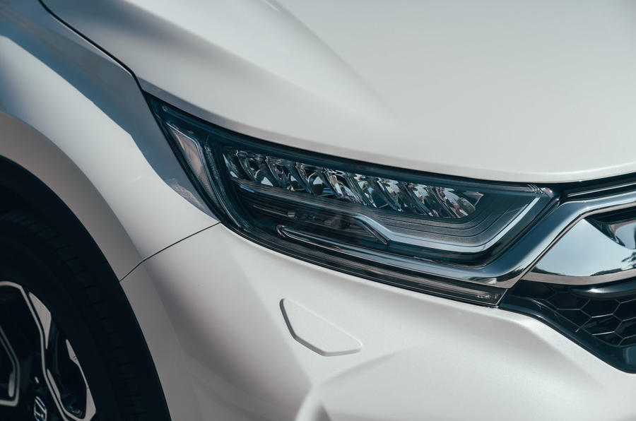 Honda CR-V hybrid 2019 first drive review - headlights