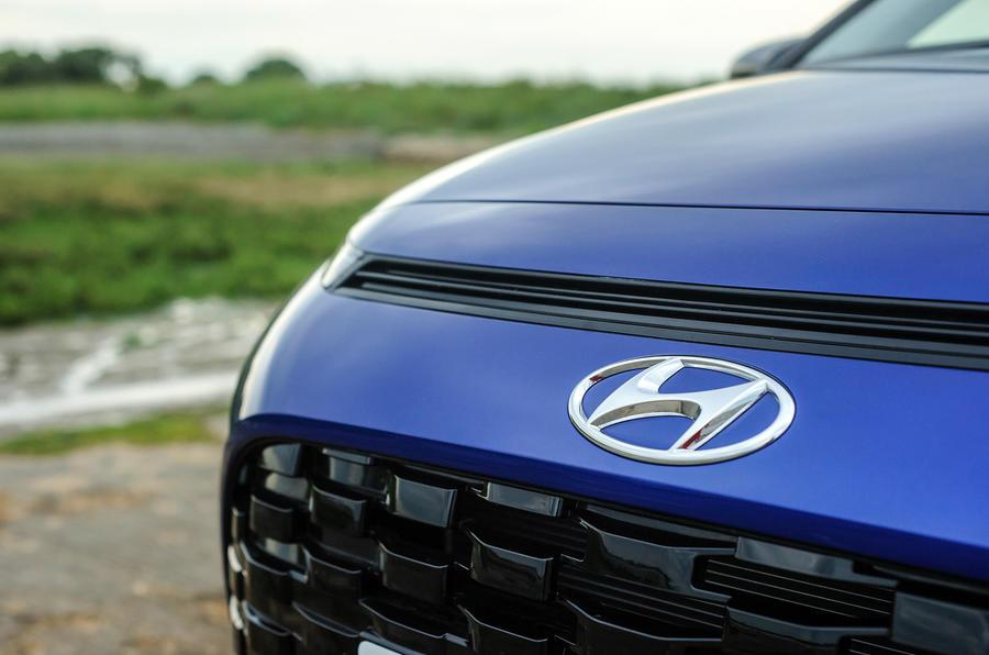 4 Hyundai Bayon 2021 UE FD nez