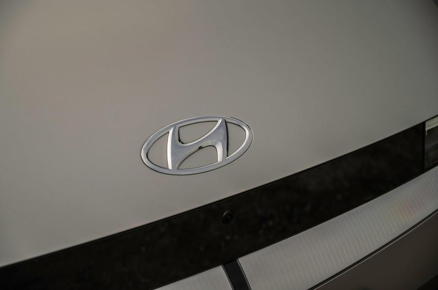 4 Hyundai Ioniq 5 2021 FD Plaques de Norvège capot moteur