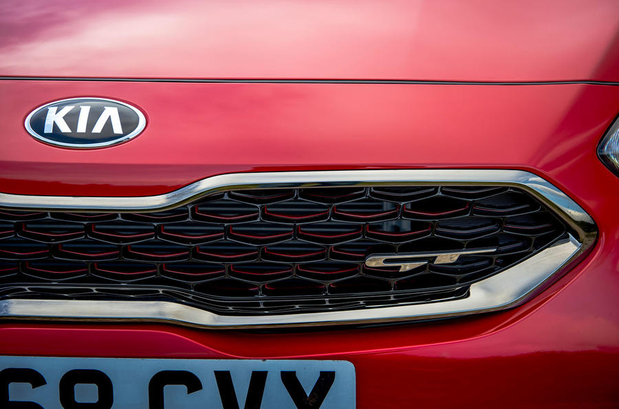 Kia Ceed GT 2019 first drive review - front grille