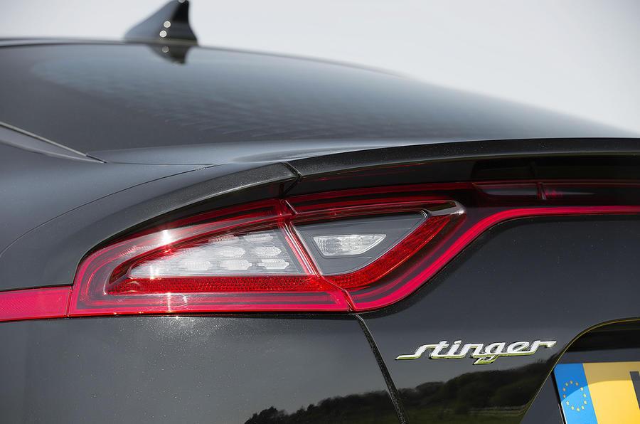 Kia Stinger 2.2 CRDi 2018 UK review rear lights