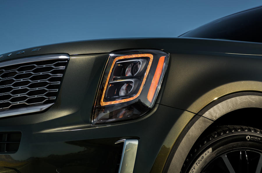 Kia Telluride 2019 first drive review - headlights