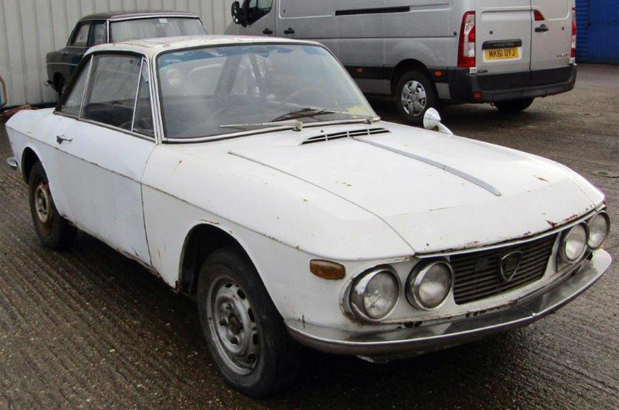 Lancia Fulvia - static front