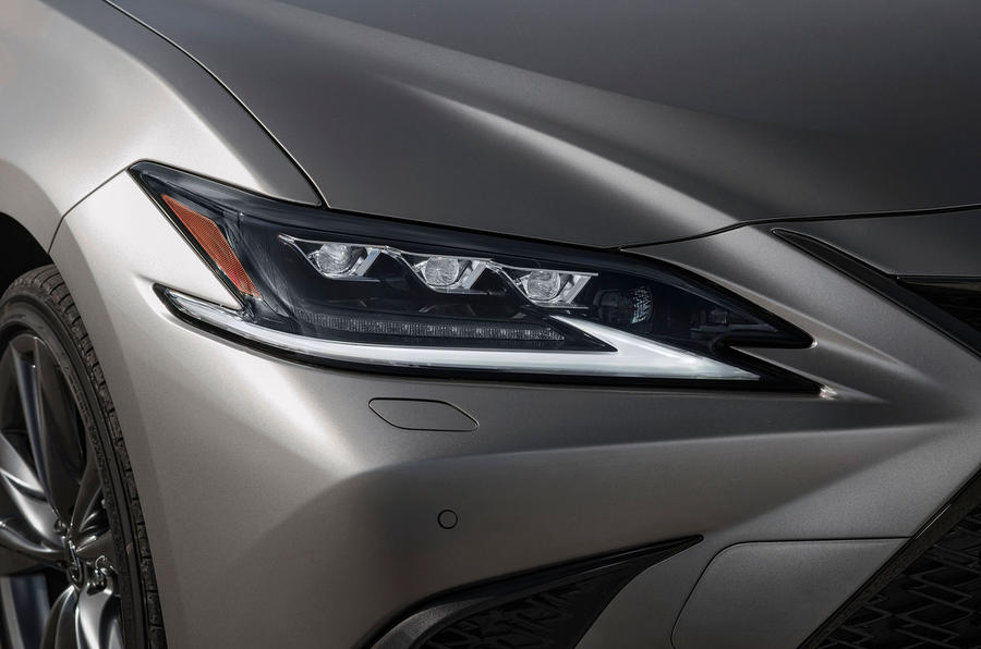 Lexus ES 2019 first drive review - headlights