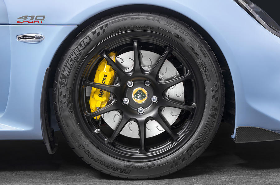 Lotus Exige Sport 410 2018 review wheels