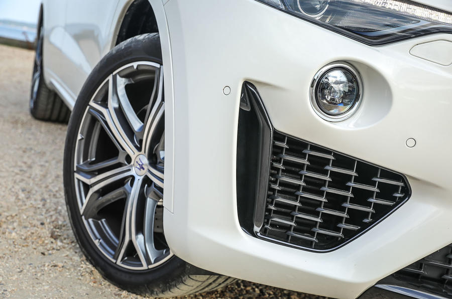 Maserati Levante Gransport 2018 UK first drive review front bumper