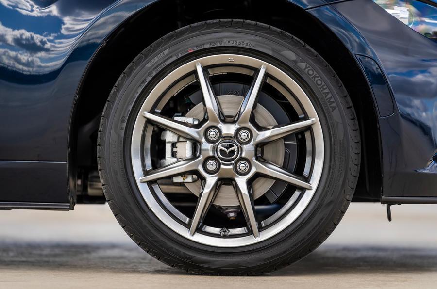 4 Mazda MX 5 Sport Venture 2021 UE FD roues en alliage