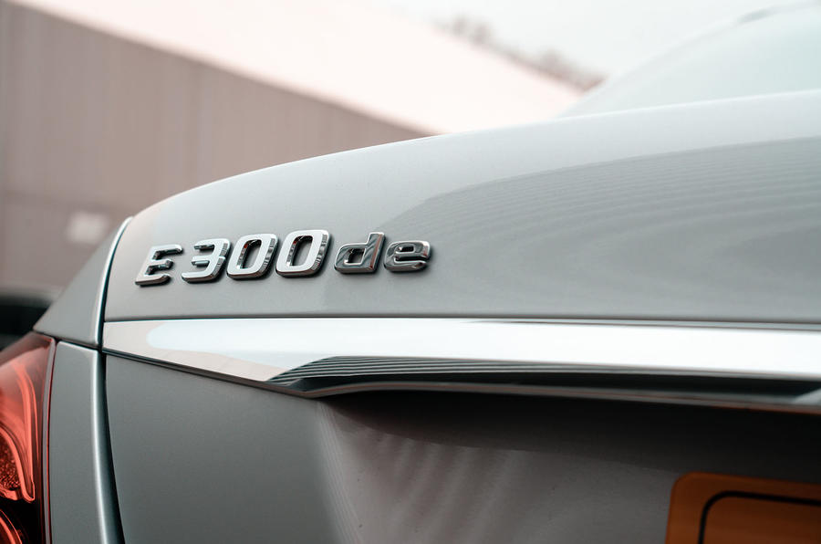 Mercedes-Benz E-Class E300de 2019 UK first drive review - rear badge