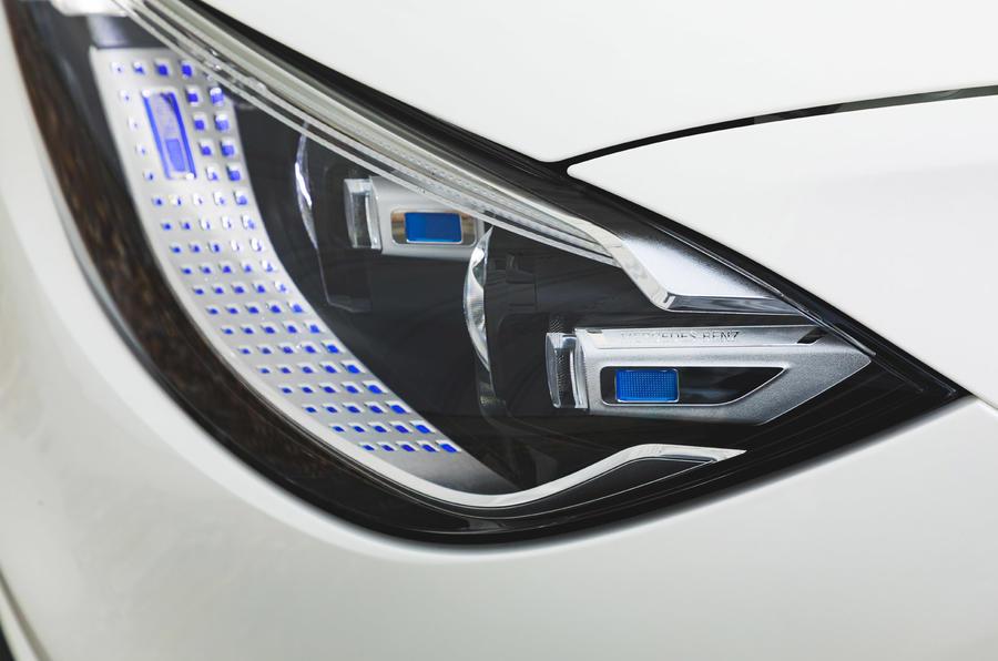 Mercedes S-Class S500 2020 (LHD) : premier examen de conduite au Royaume-Uni - phares
