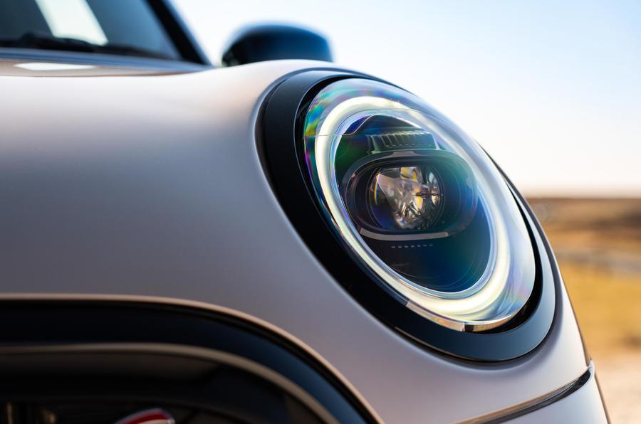 4 Phares de la Mini Cooper S 2021 UE FD