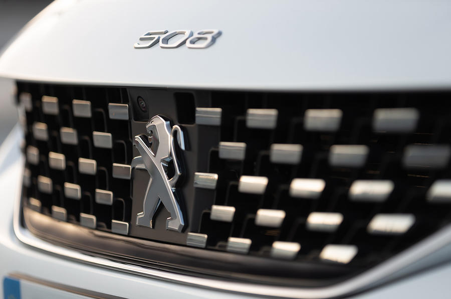 Peugeot 508 SW 2018 first drive review - front grille