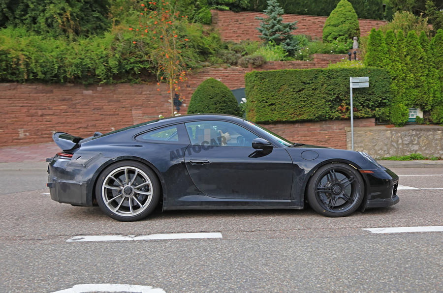 2020 Porsche 911 GT3 spotted testing side right