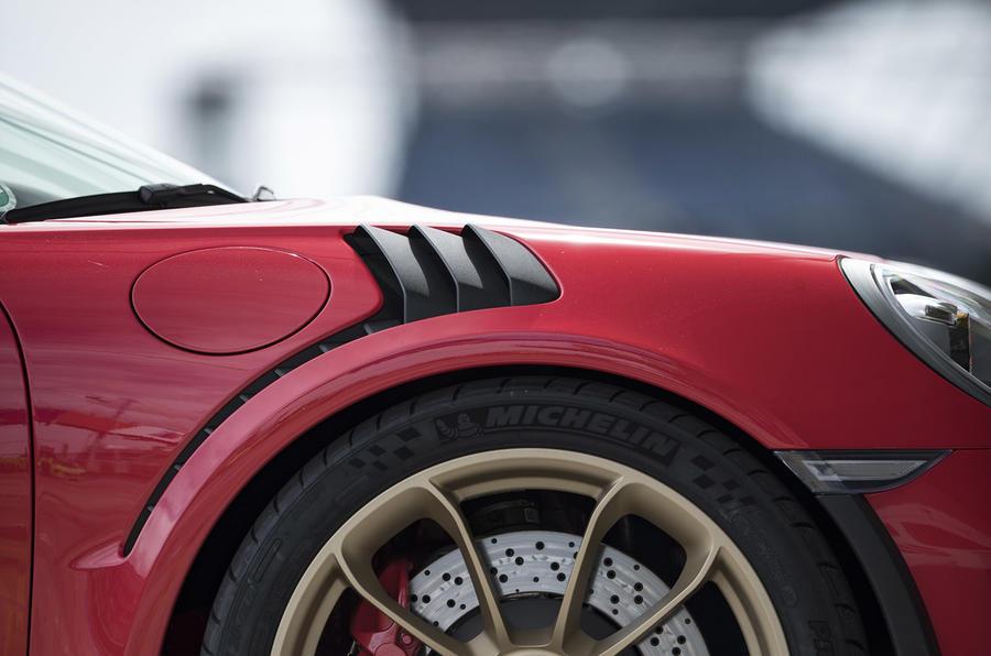 Porsche 911 GT3 RS 2018 review aero