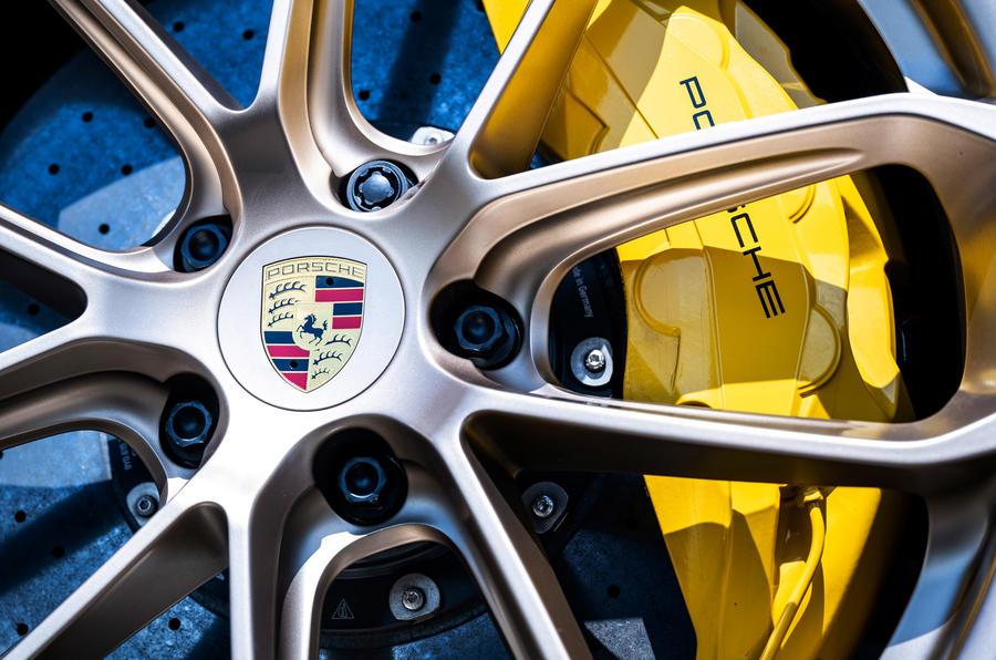 4 freins de la Porsche Cayenne Turbo GT 2021 UE FD