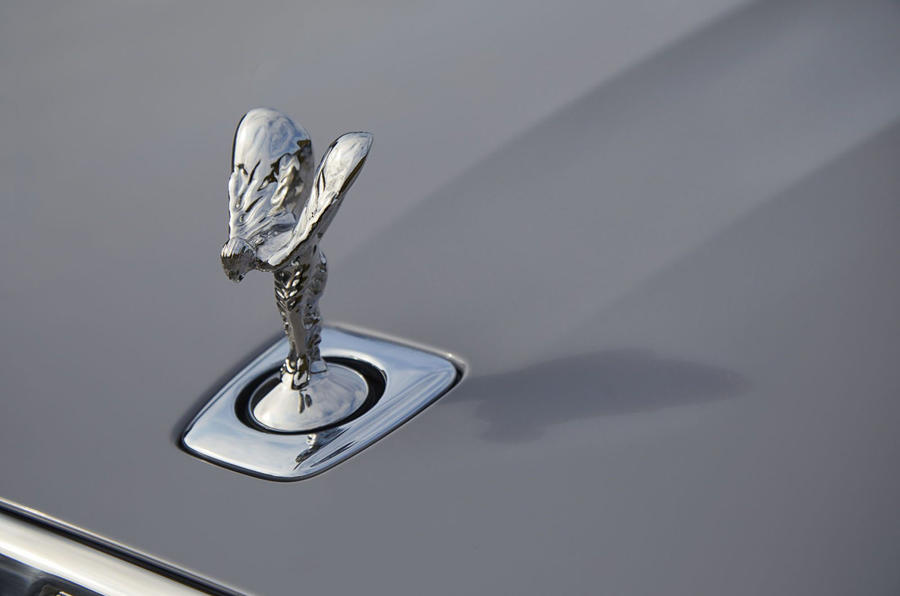 Rolls Royce Ghost 2020 UK first drive review - spirit of ecstacy
