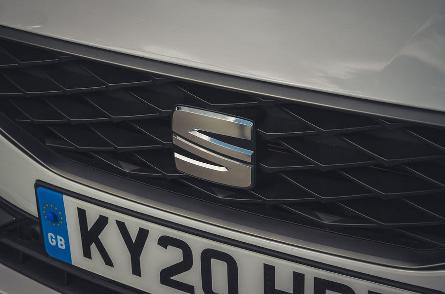 Seat Leon 2020 UK first drive review - front badge
