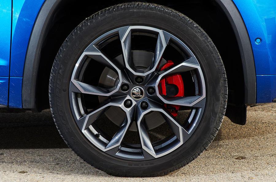 Skoda Kodiaq vRS 2018 first drive review - alloy wheels