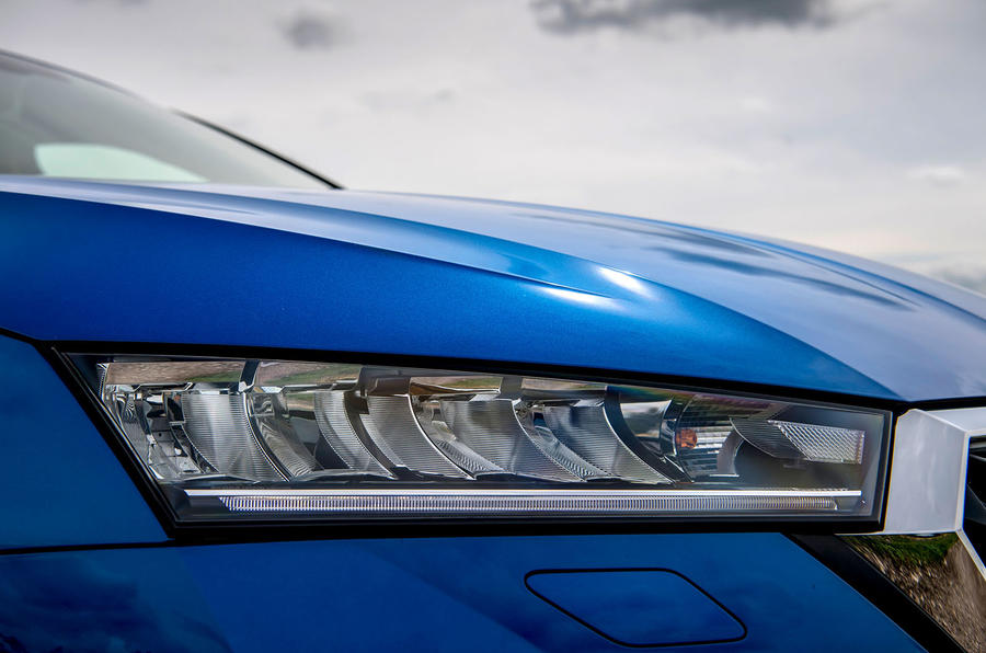Skoda Octavia hatchback 2020 UK first drive review - headlights