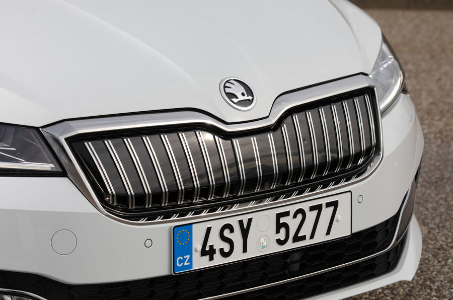 Skoda Superb iV 2020 first drive review - front grille