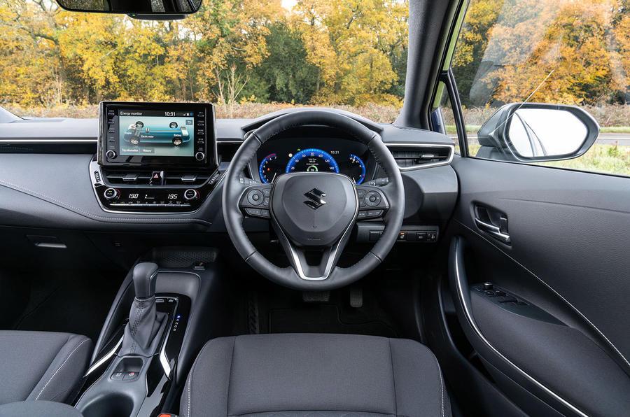 Examen du Suzuki Swace 2021 UE First Drive - tableau de bord