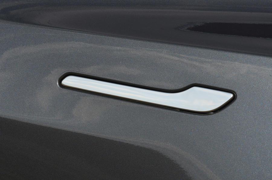 Tesla Model 3 Performance 2019 UK first drive review - door handles