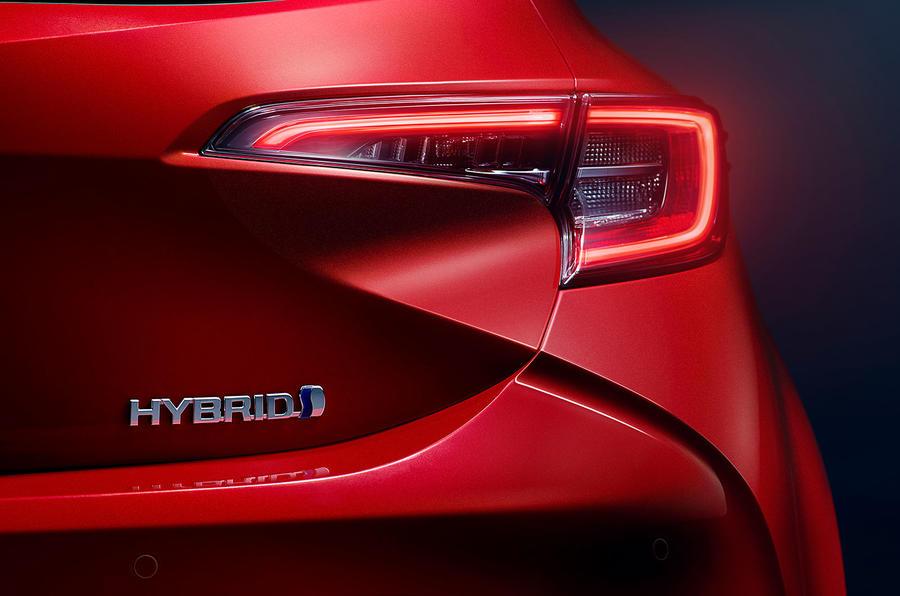 Toyota Corolla 2018 prototype first drive - rear lights