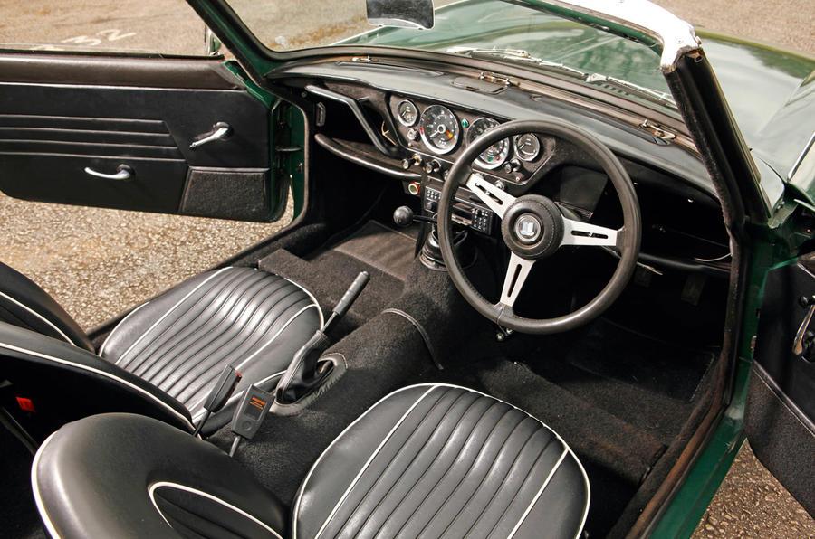 Triumph Spitfire - interior