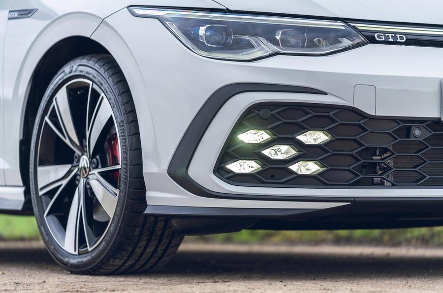 4 Volkswagen Golf GTD 2021 : premier examen de conduite des feux avant au Royaume-Uni
