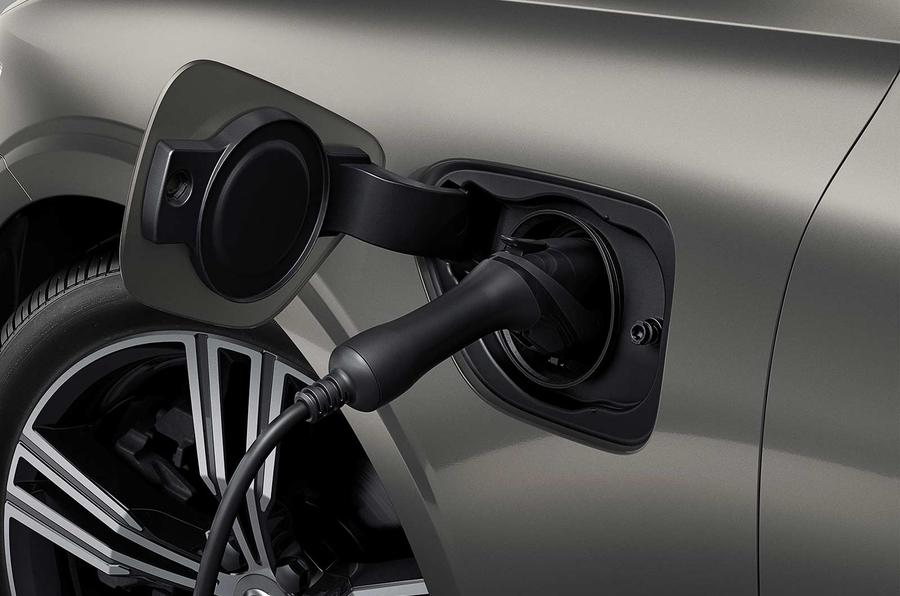 Volvo V60 2018 review EV plug