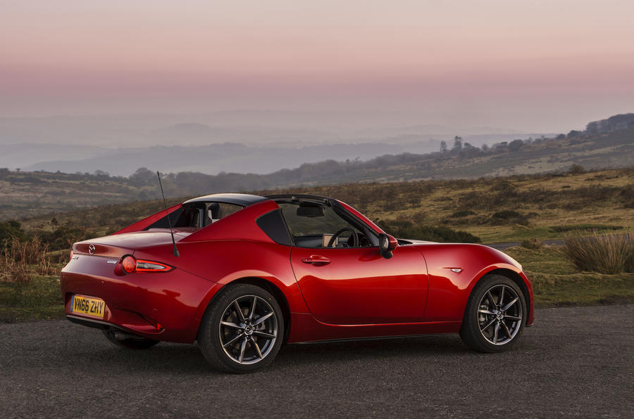 2017 mazda mx 5 rf 2 0 160 uk first drive review autocar. Black Bedroom Furniture Sets. Home Design Ideas